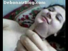 Beautiful Arabic Lady With Nice Clean Shaved Pussy