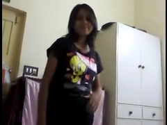 Indian Girl Undressed And Enjoyed With Her Bf