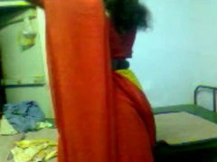 Desi Mature Aunty In Red Saree Fuking Wid Lover