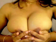 Punjabi Bhabi Big Boobs