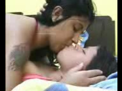 HOTEST INDIAN LESBO