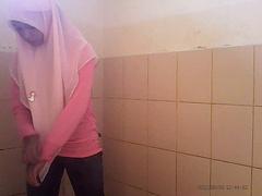 Intip Tudung Pink Tandas