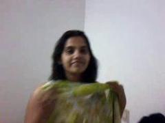 Hot Mature Indian Aunty